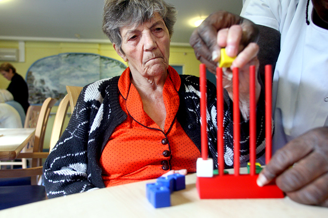 A vér-agy gát szivárgása is hozzájárul az Alzheimer-kórhoz