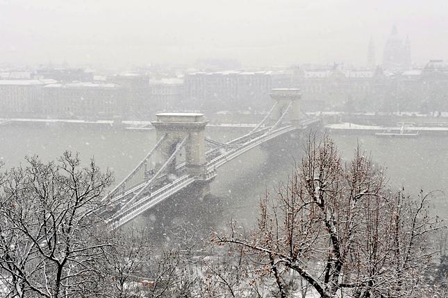 """Képtalálat a következőre: """"havazás budapest"""""""