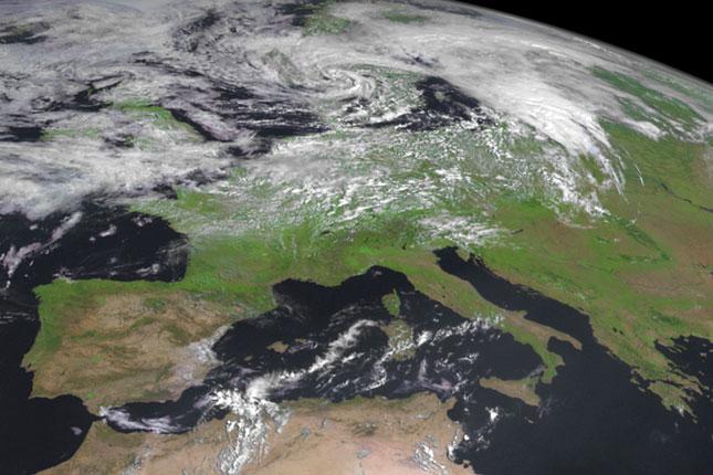 műholdas időjárás térkép magyarország Itt a vadonatúj meteoműhold első fotója műholdas időjárás térkép magyarország