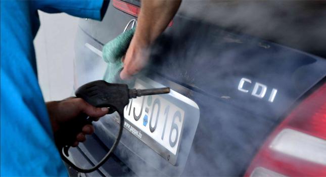Autókárpit tisztítás gőzzel
