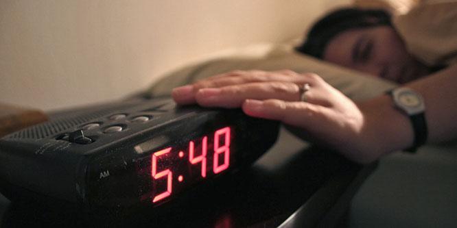 Közeleg az óraátállítás: többet alszunk, hogy spóroljunk