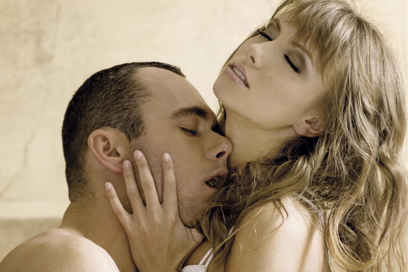 Смотреть доведение до оргазма, Оргазм порно, смотреть женские Оргазмы с судорогами 10 фотография