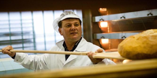Pékszövetség: nem drágul a kenyér
