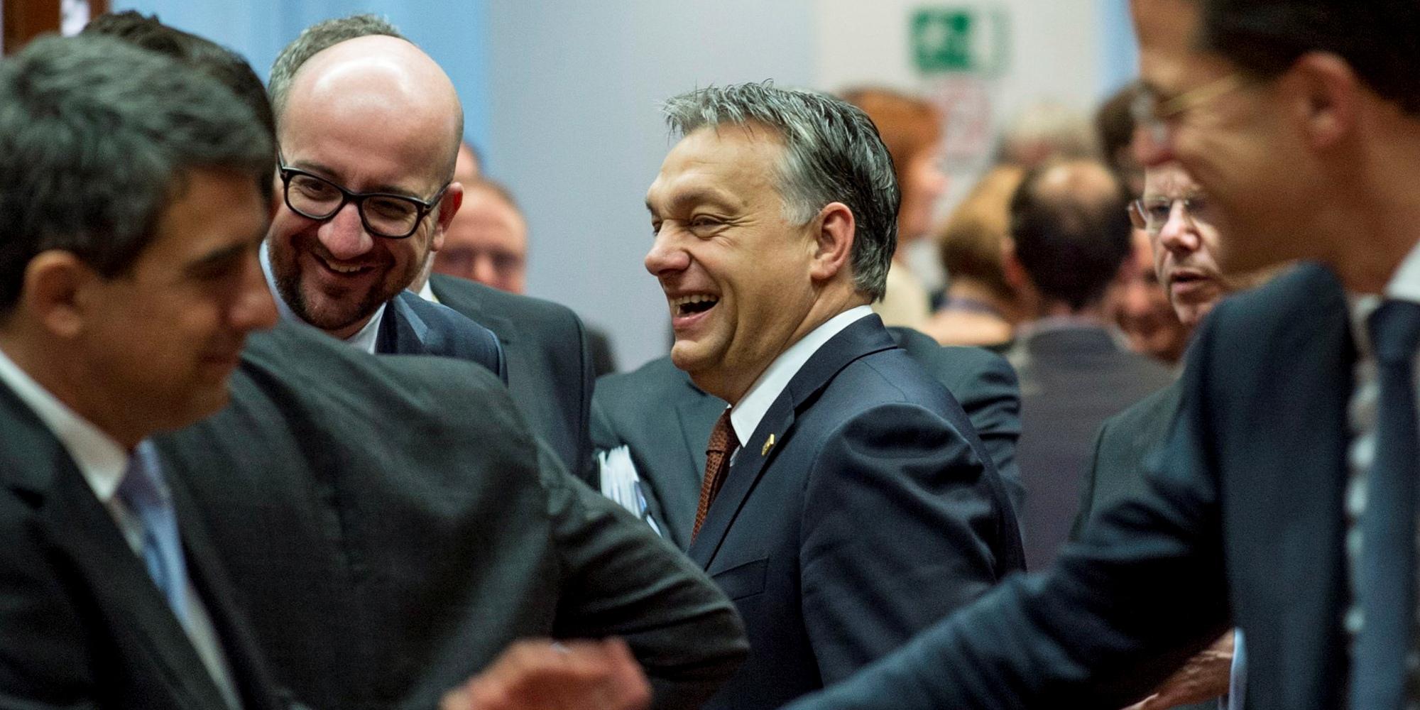Nagyot nevetett Orbán Viktor Brüsszelben