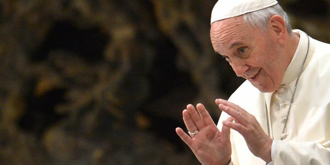 Ferenc pápa: a béke a legértékesebb karácsonyi ajándék