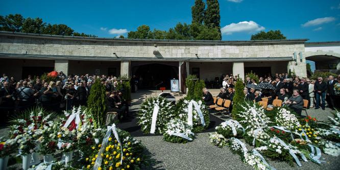 A holttestek komposztálása a legzöldebb temetési mód