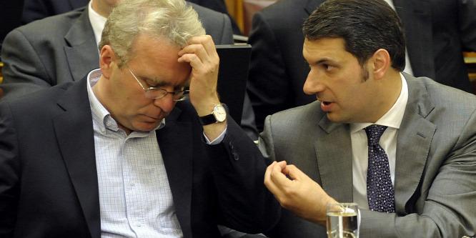 Saját torkát szorítja a Fidesz