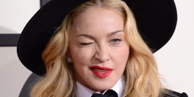 Madonna mostanában úgy viselkedik, mint egy tinédzser