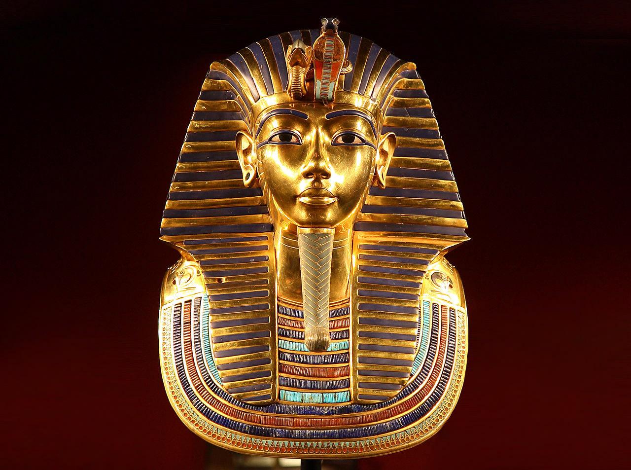 Földön kívüli eredetû Tutanhamon fegyverének anyaga