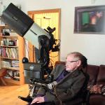 Forr�s: Stephen Hawking/Facebook