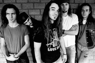 Forr�s: Pearl Jam Official