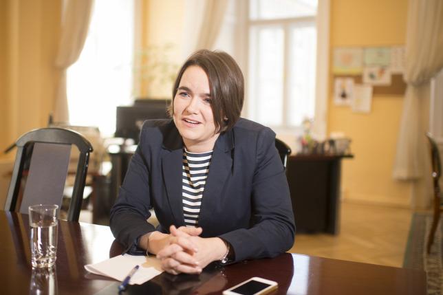 Novák Katalin: Novák Katalin: Káros Lehet Az UNICEF Magyar Bizottságának