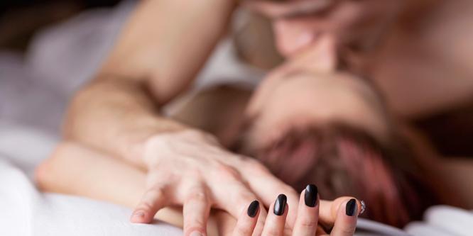 Jobban teljesít a pasi az ágyban, ha pornót néz?