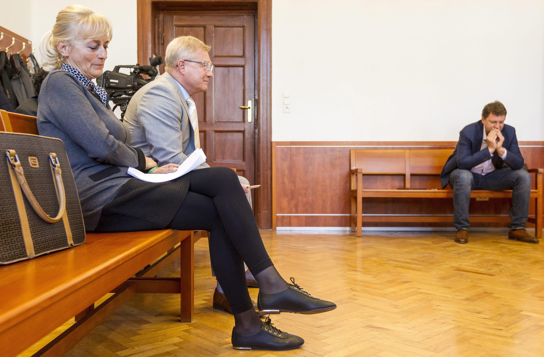 A bíróság által megrótt Herényi Károly is jelentkezett a Jobbiknál