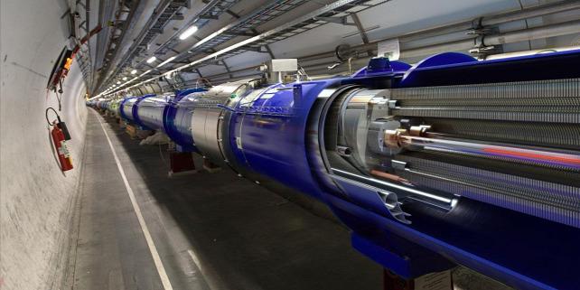 Forr�s: CERN/LHC