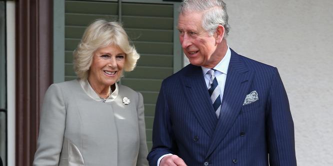 Károly herceg és Kamilla 10 éve házasok