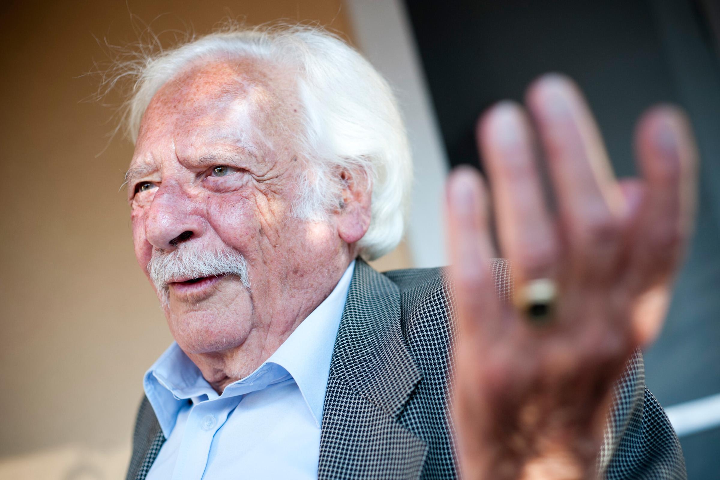 A ma 97 éves Bálint gazda még most is aktív