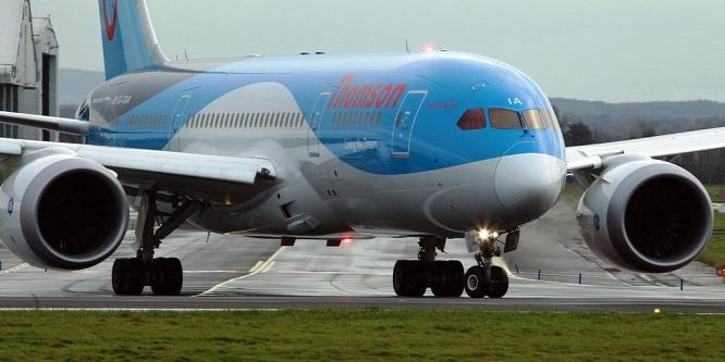Terrorveszély miatt töröltek egy járatot