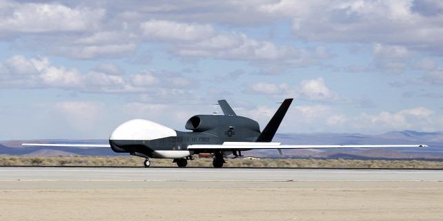 Forr�s: USAF/Chad Bellay