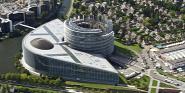 Forrás: C European Union 2012 PE-EP Louise WEISS building: C Architecture Studio/Marc Dossmann/Photo Expression