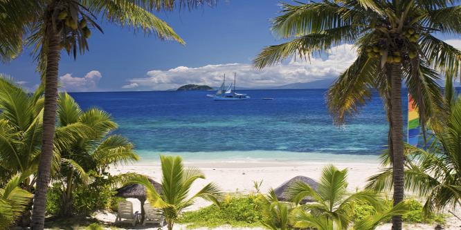 Egzotikus kalandok víz alatt és felett: Fidzsi, az óceán zöld ékszere