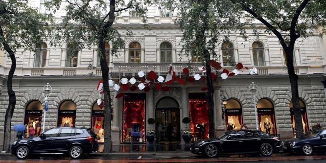 Évekig üresen állhat a luxusáruház