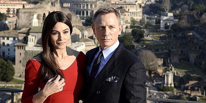 Monica Belluccinak nagyon bejön James Bond férfiassága