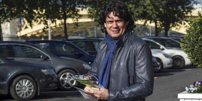 Deutschot megóvták a rendőrök a büntetéstől