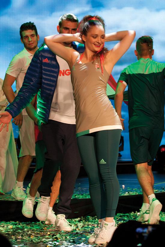 Merész színválasztás, praktikum - bemutatták a 2016-os riói nyári olimpia magyar formaruháit