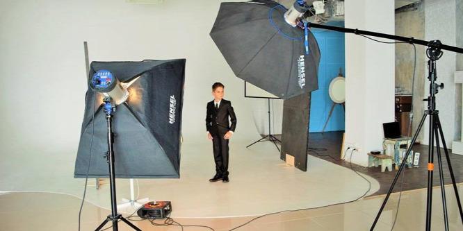 Egy 9 éves magyar kisfiú tarolt a szépségversenyen