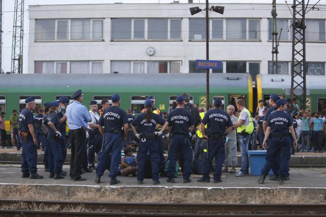 """Képtalálat a következőre: """"Bicske vasútállomás-kép"""""""