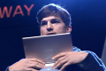 Ashton Kutcher a val�s�gban is egy IT-guru