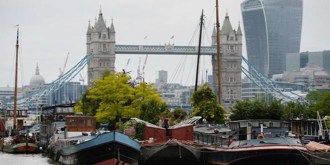 Beborul az ég a brit gazdaság fölött
