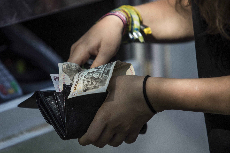 Tovább nőttek a magyar fizetések