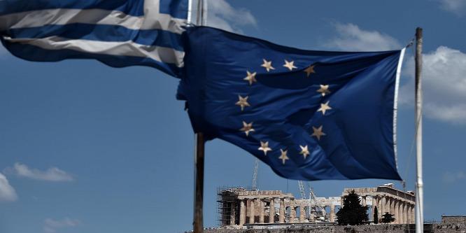 Görögországba visszatért a recesszió