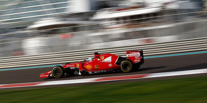 Hamilton elt�nt, a Ferrari alamuszi nyuszi - esélylatolgatás