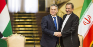 Forr�s: MTI/Minisztereln�ki Sajt�iroda/Szecs�di Bal�zs