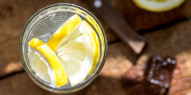 A citromos víz nem csak mese - megéri ezzel indítani a napot!