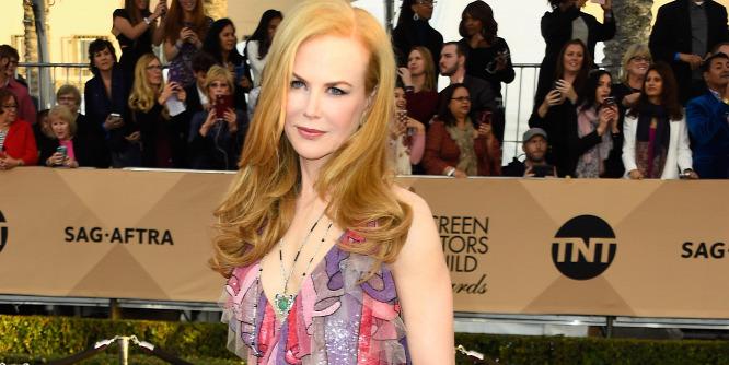 Újra megm�tteti melleit Nicole Kidman