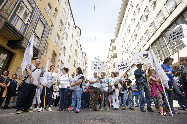 Két szabad vasárnapot akar a KDNP a kereskedelmi dolgozóknak