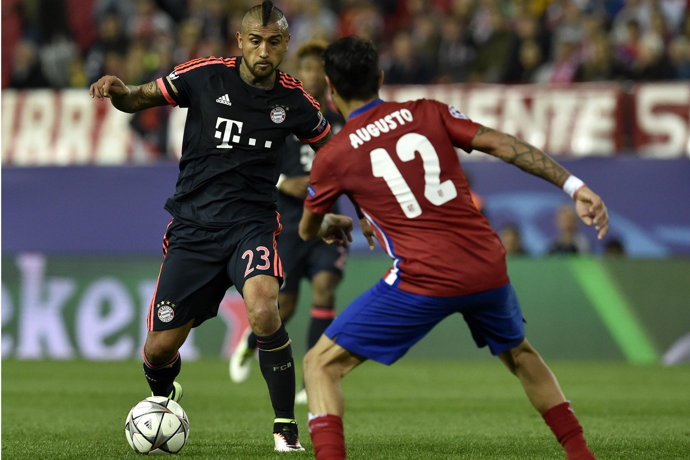 Friss hírek: A futball Bajnokok Ligája második fordulójának egyik legnagyobb rangadóját rendezik Madridban, ahol a Bayern München a tavalyi elődöntős kiesésért érkezik bosszút állni. Beszámolunk közben a többi meccsről is, érdemes lesz velünk tartani.