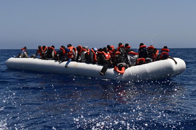 Több mint 150 migránst mentett ki a líbiai parti őrség