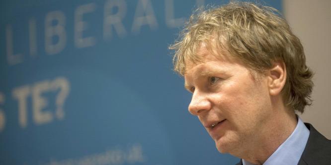 Ádert�l várják a Liberálisok az alkotmánymódosítás vétóját