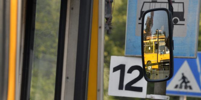 Már Google-ön is követhető a buszmenetrend