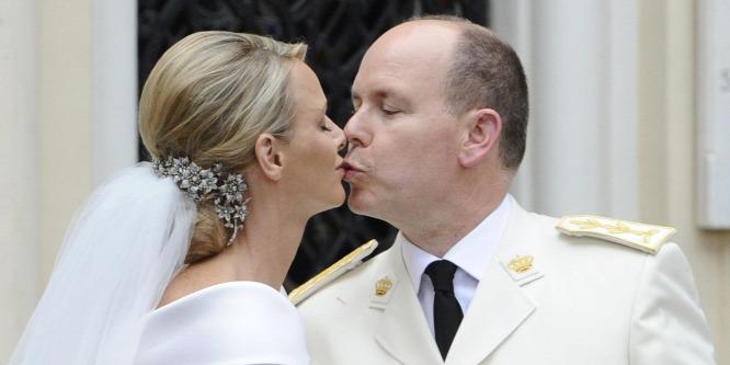 Ma van a hercegi pár nagy napja: Charlene és Albert herceg ünnepel