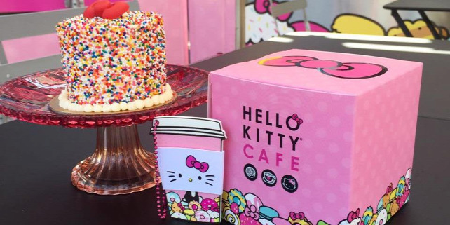 Forr�s: Hello Kitty Caf�/FB