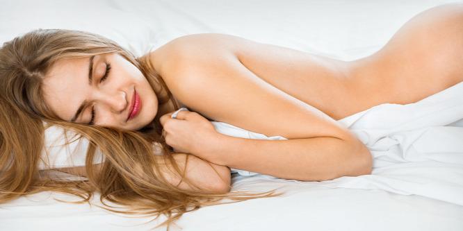 A meztelenül alvásnál egészségesebb dolog nem is történhet a szervezeteddel