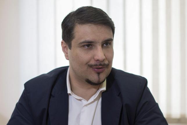 Mesterházy Simicskának és a Jobbiknak udvarol
