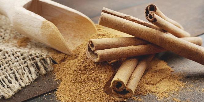 A fahéj a gyomor hűtésével javítja egészségünket