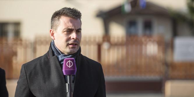 Lokál: Vona diktátorként vezeti a Jobbikot